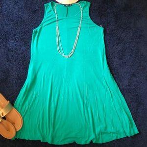 NWOT Kelly green sheath dress